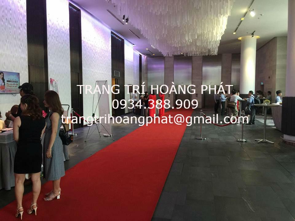 Cho thuê thảm đỏ giá rẻ mới đẹp tại TPHCM